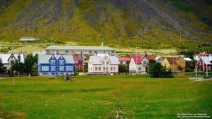 At Ísafjörður