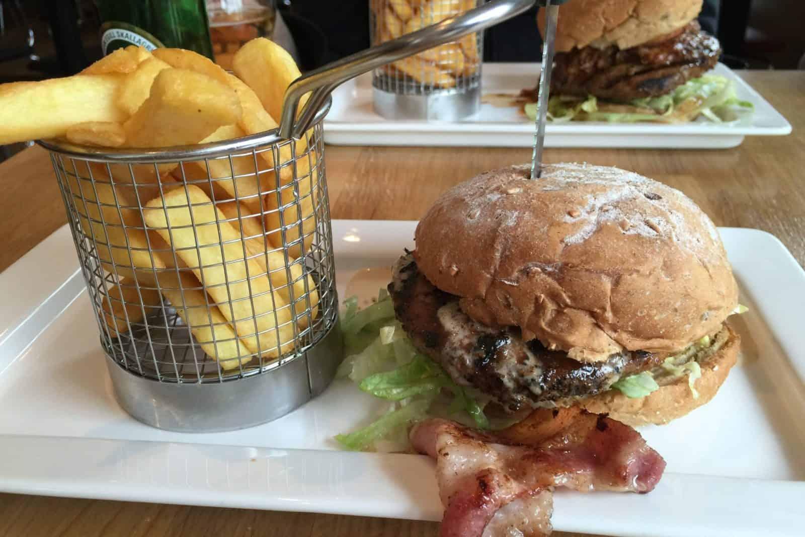 Hamburger im 900 Grillhús