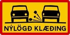 eu verlegter Straßenbelag - Gefahr von Steinschlag